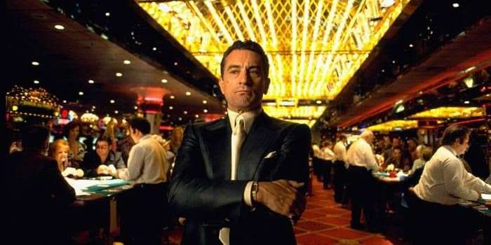 robert deniro with arms crossed in the movie casino